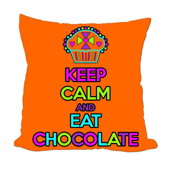 ALMOFADA KEEP CALM AND EAT CHOCOLATE